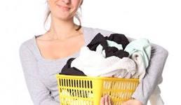 очистить монтажную пену с одежды